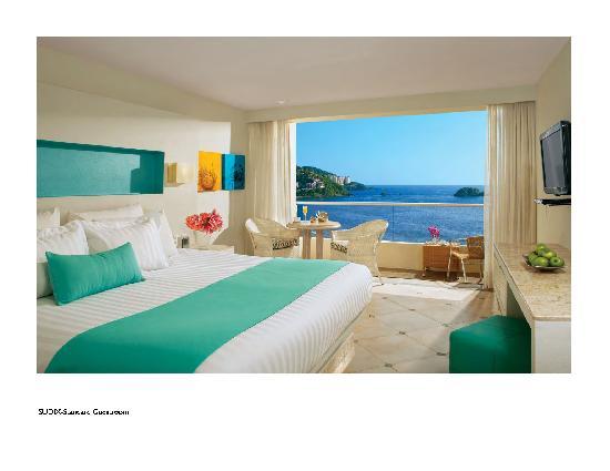 Sunscape Dorado Pacifico Ixtapa: Deluxe Guestroom
