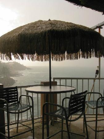 Kikita Beach Guest House Bar y Grill : dining area