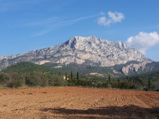 Montagne Sainte Victoire: Mt. St. Victoire