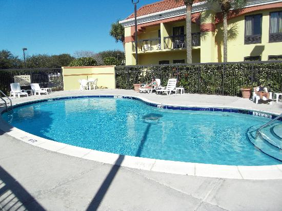 Hampton Inn Jupiter/Juno Beach: The pool