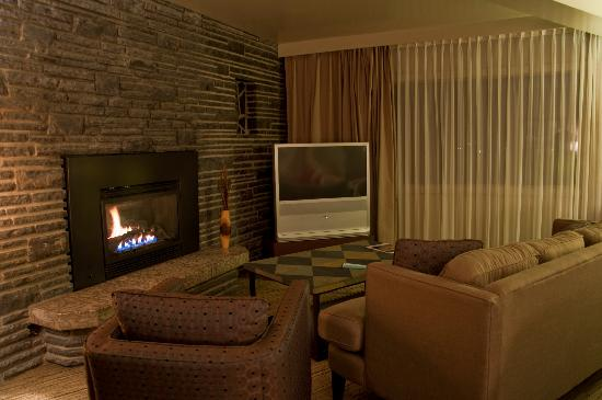 The Juniper Hotel: sitting space in the suite