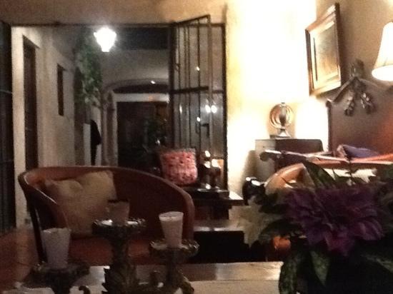 Posada El Antano: lobby
