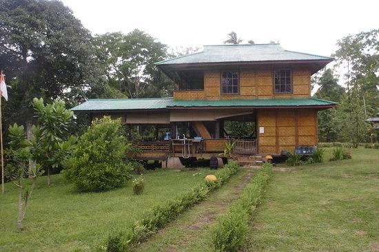 Bunaken SeaGarden Resort: The restaurant 2