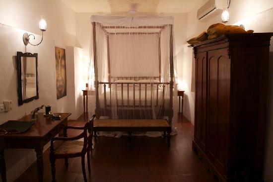 The Kandy House: Cornelian
