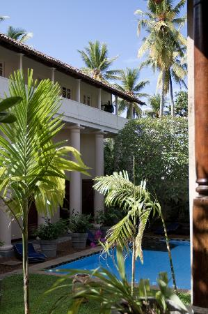 Galle Fort Hotel: Across to the pool
