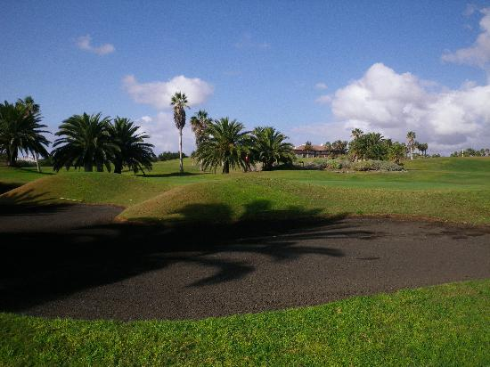 Golf del Sur - Tenerife : Golf del sur bunker sable noir