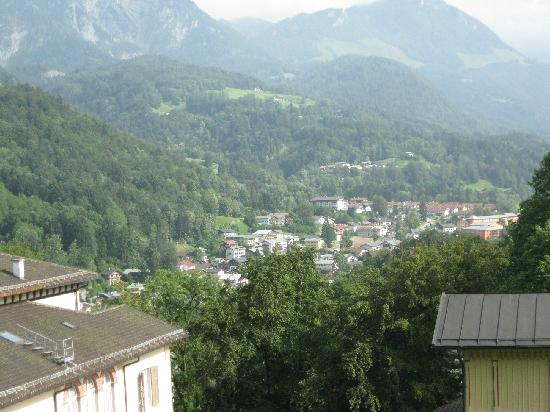 Pension Haus am Berg: View to the town