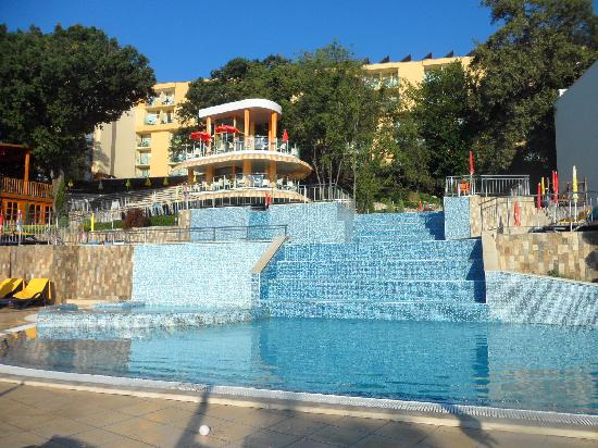 PrimaSol Sunlight Sunrise: Hotel swimming pools