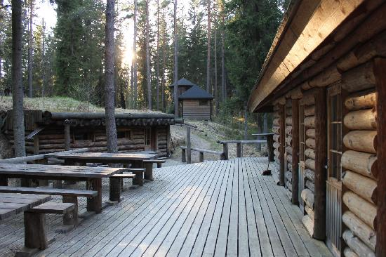 Bjorkboda, Finland: The patio for lounging, reading, just enjoying the quiet. Smoke sauna to the left, outhouse buil