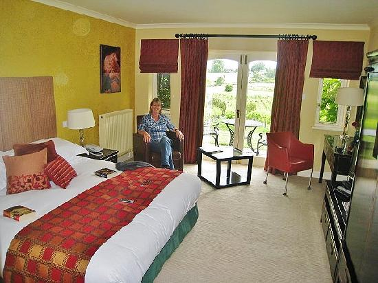 Three Choirs Vineyards: spacious and comfortable bedroom