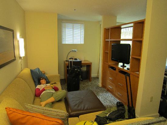HYATT House Fort Lauderdale Airport Cruise Port Livingroom Area