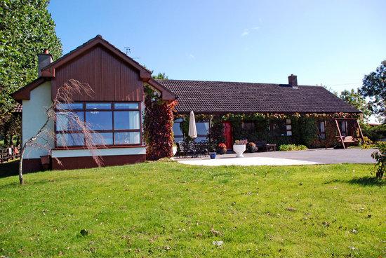 Bungalow Farmhouse B & B: The Bungalow Farmhouse