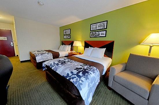 Sleep Inn Emporia  80    U03369 U03363 U0336