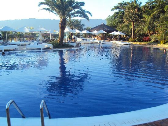 DPNY Beach Hotel & Spa: Piscina