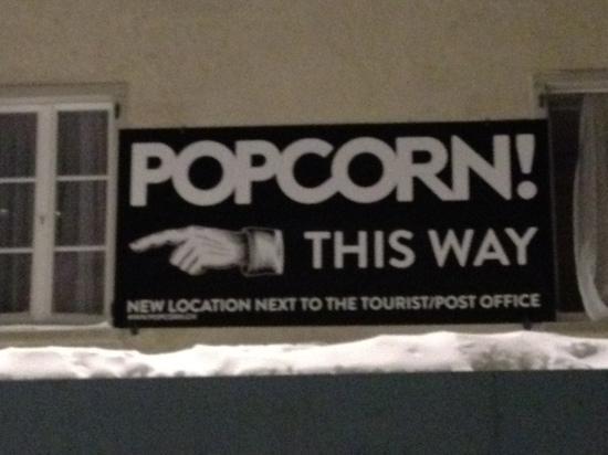 Popcorn Hotel: the best night!!!