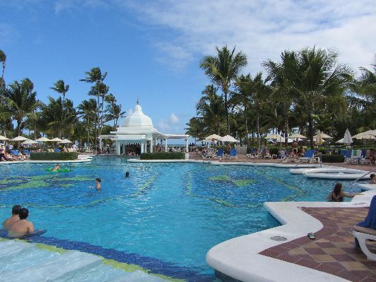 Hotel Riu Palace Punta Cana: Pool