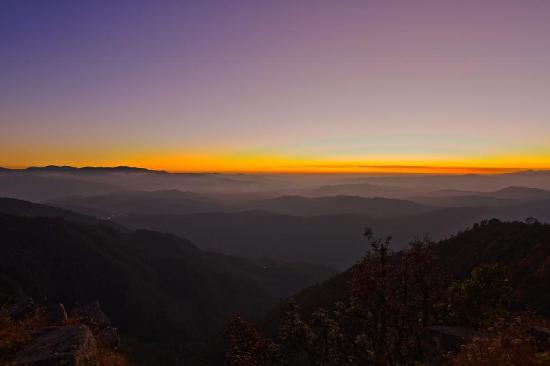 Dunagiri Retreat: A picture postcard Sunset