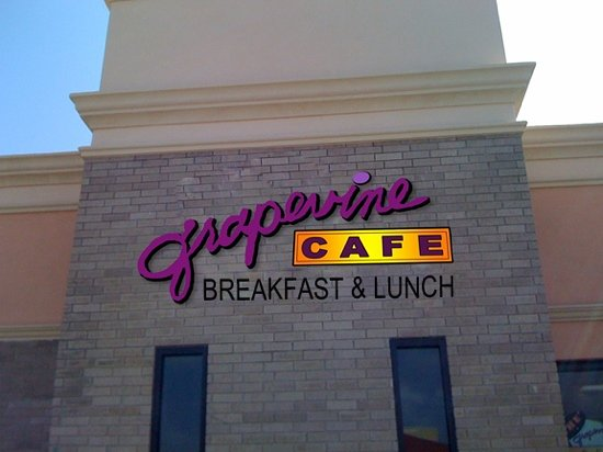 Grapevine Cafe & Coffeehouse: The Grapevine Cafe