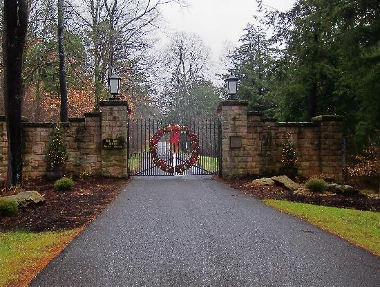 The Lodge at Glendorn: The Gate to Glendorn