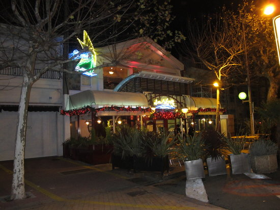 Restaurant Chez Yvette : exterieur nuit Noel 2011