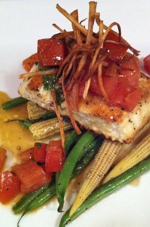 Muse Restaurant & Cafe: my dinner. halibut special. wonderful.