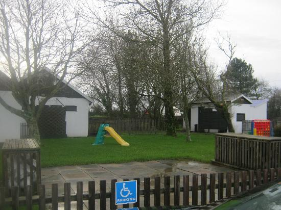 Budemeadows Touring Park: outdoor play area
