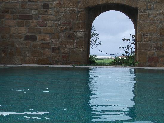 Hotel Iturregi: Pool