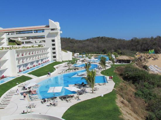 View of hotel from the spa picture of secrets huatulco for Hotels secrets