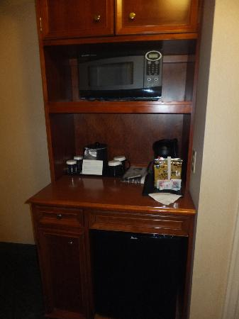 Hilton Garden Inn Kennett Square: Beverage area