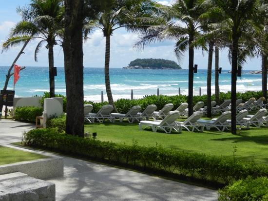 Katathani Phuket Beach Resort: Beach Front at Katathani