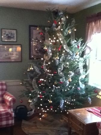 Christmas Farm Inn & Spa: the tree in the front parlor is lovely