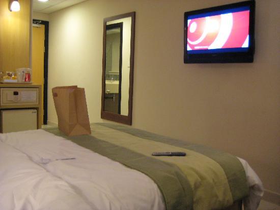 Citymax Hotels Al Barsha: Room1