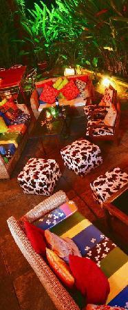 Jambu Restaurant and Lounge: Garden terrace - Jambu