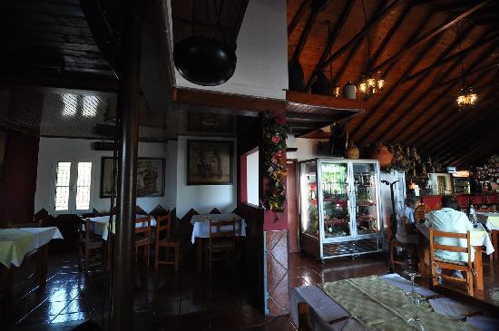 Pastor do Paúl Grill: Churrascaria & Pub '' Pastor do Paul Grill '' – Pico da Urze, Madeira, June/July 2011