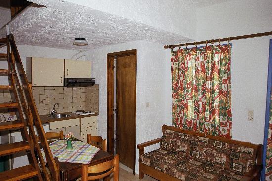 Joanna Hotel : Downstairs - main room