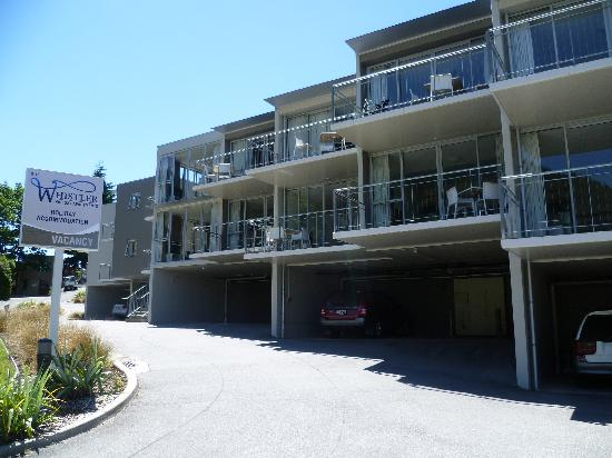 Whistler Holiday Apartments: Outside holiday apartment