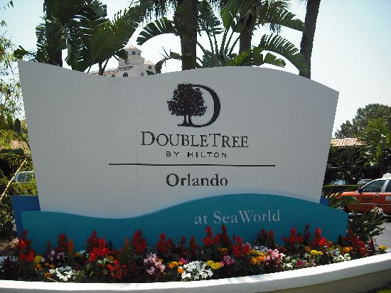 entrance picture of doubletree by hilton orlando at. Black Bedroom Furniture Sets. Home Design Ideas