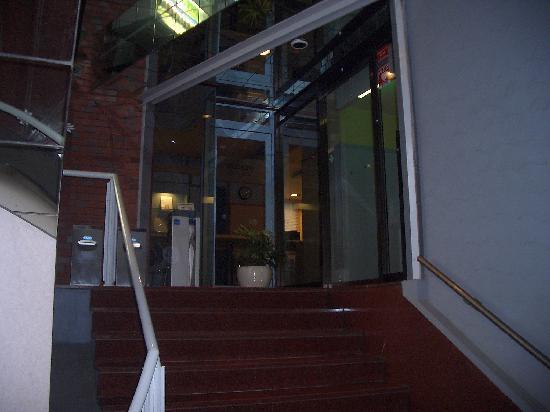Hotel Brisbane's : ホテル外観