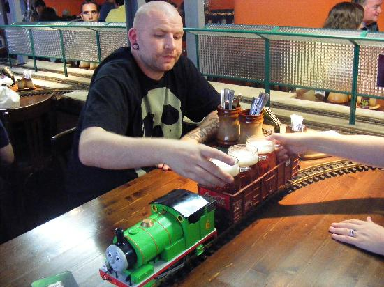 Vytopna Railway Restaurant - Vaclavske namesti: Beer on a train!