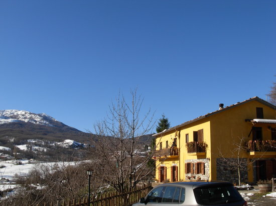 Terranova di Pollino, Italien: La struttura dall'esterno