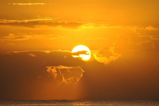 Merrils Beach Resort III: il sole se ne va dietro le nuvole