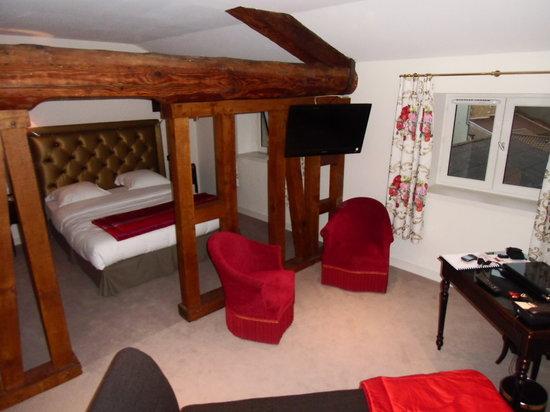 Hotel Le Griffon d'Or: La petite suite