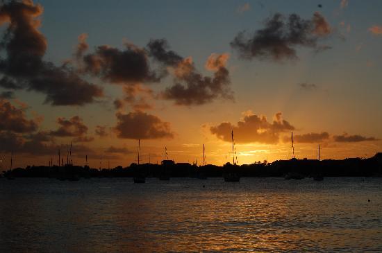 Lance Aux Epines Cottages: Sunsets were amazing