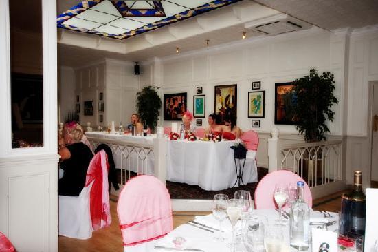 Beiderbecke's Hotel: top table