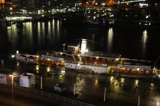 IntercityHotel Kiel: View from room