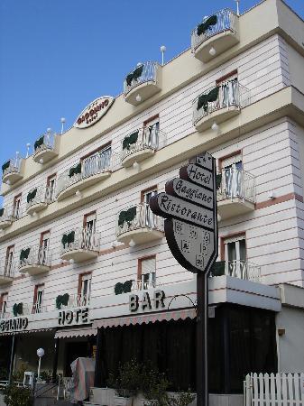Hotel Gaggiano: Aussenansicht