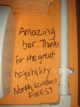 Anthony's Beer Garden: Wall message!