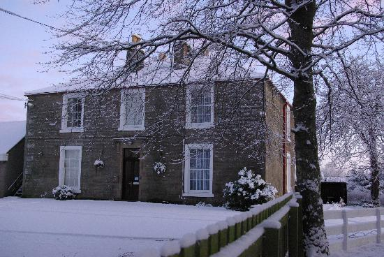 Morven House Guest House: Winter in Alness