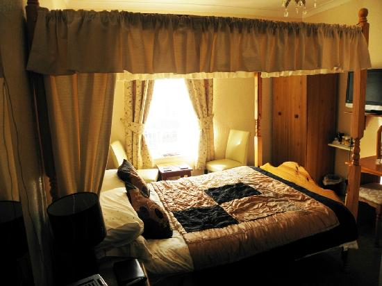 Morlea Hotel: Our Room