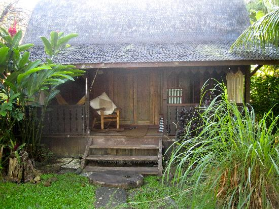 Tainos Cottages: our cottage front door